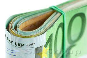 Доллар на торгах в Европе торгуется в красной зоне