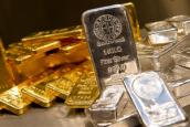 Ажиотаж на мировом рынке золота сменился продажами