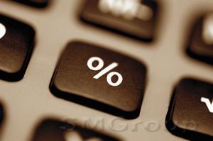 Курс рубля в понедельник растет с оглядкой на высокие процентные ставки
