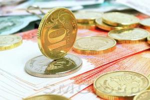 Денежный рынок: Рост рубля создаёт риски для доллара