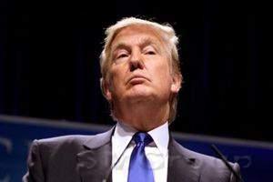 Доллар укрепляется на фоне занятости в США и веры в реформы Трампа